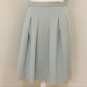 LOFT Pleated Skirt Sz 8 NWT